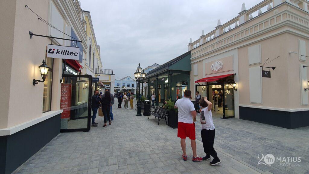 fashion house outlet centru comercial